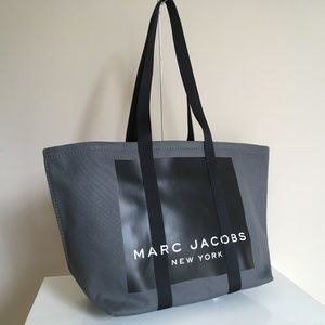 Marc Jacobs NWT CANVAS LOGO TOTE